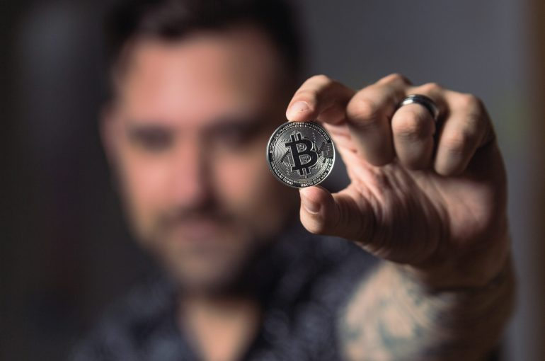 Bitcoins: escepticismo y regulación. Dos caras de una misma 'moneda'.