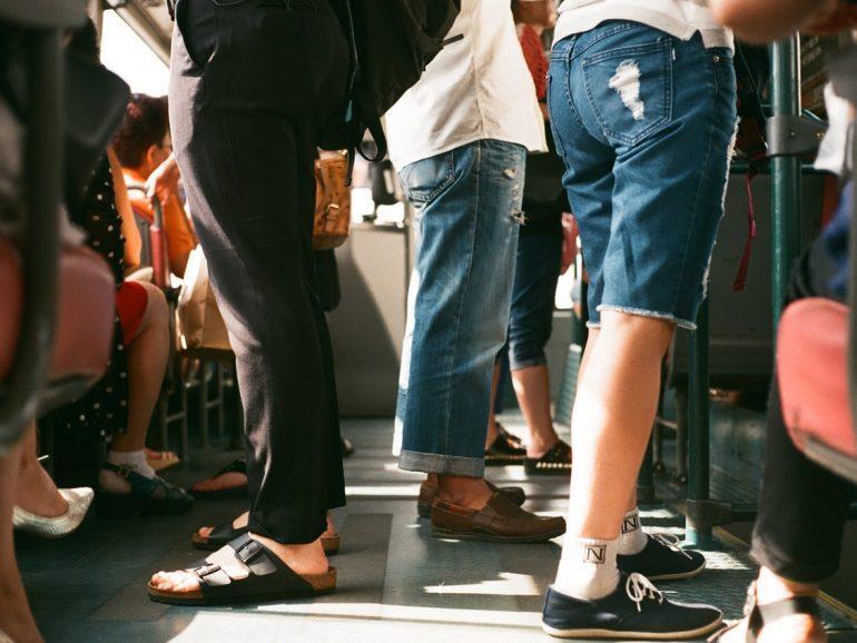 Carteristas en el metro: cómo lo hacen, cómo protegerte y cómo es la respuesta penal
